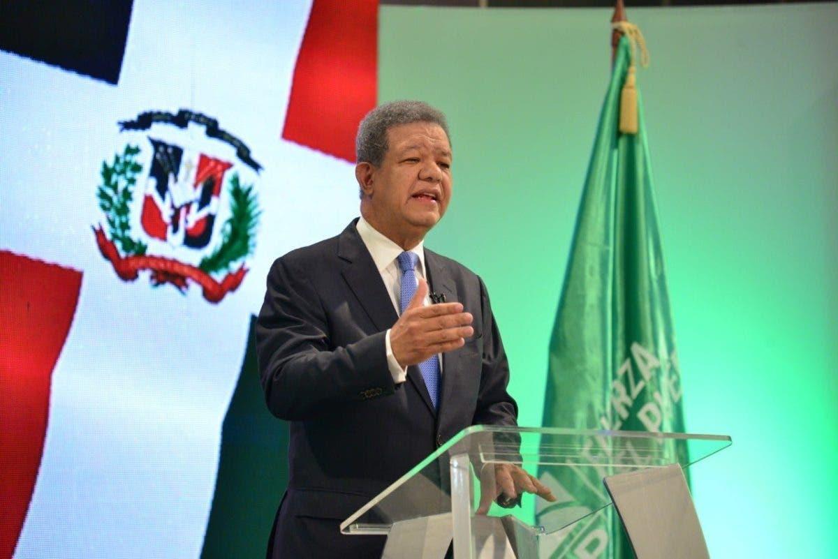 Leonel Fernández se dirigirá al país este lunes