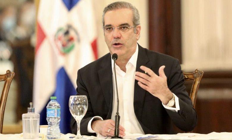Luis Abinader garantiza que turismo y el país saldrán más fuertes