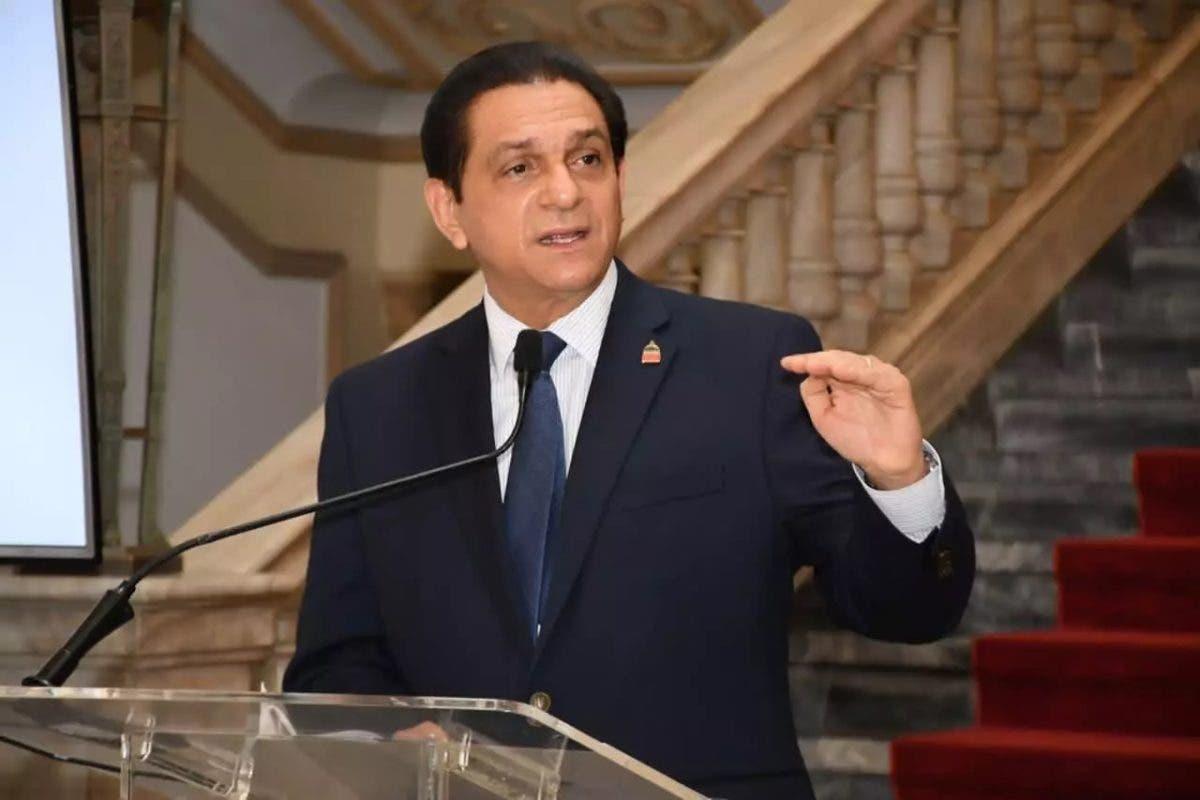 Ministro de Salud pide a Haití vacunar a sus ciudadanos