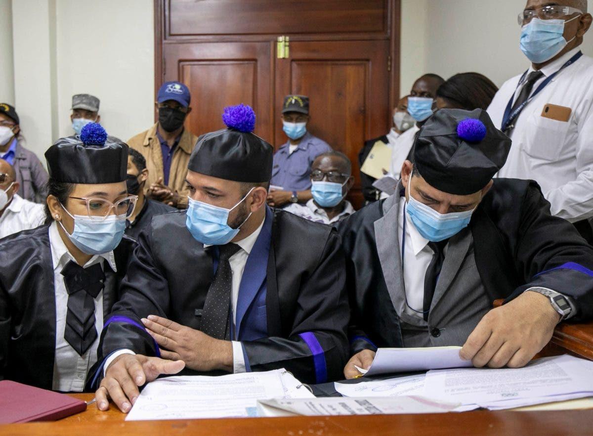 Un año de prisión preventiva para rasos de la Policía implicados en muerte a tiros de pareja religiosa