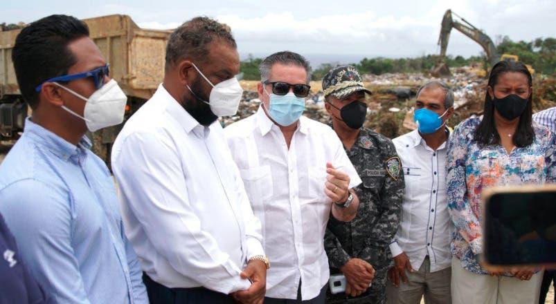 Luis Abinader ordena intervención técnica inmediata del vertedero de Sosúa