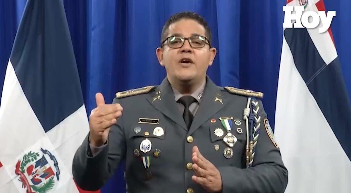 Video: Ofrecen 200 mil pesos de recompensa por información de quién mató policía en Los Alcarrizos