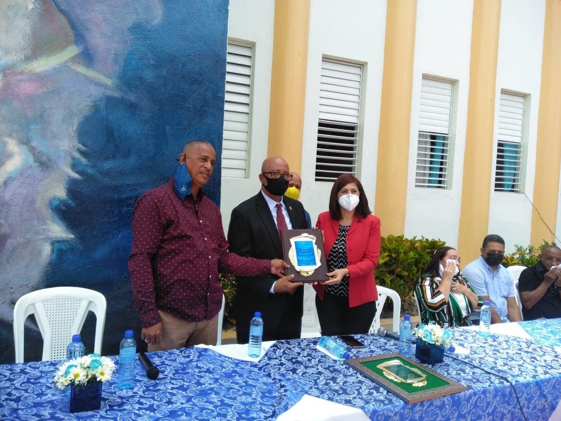 Celebran II Festival de Esgrima en Salcedo