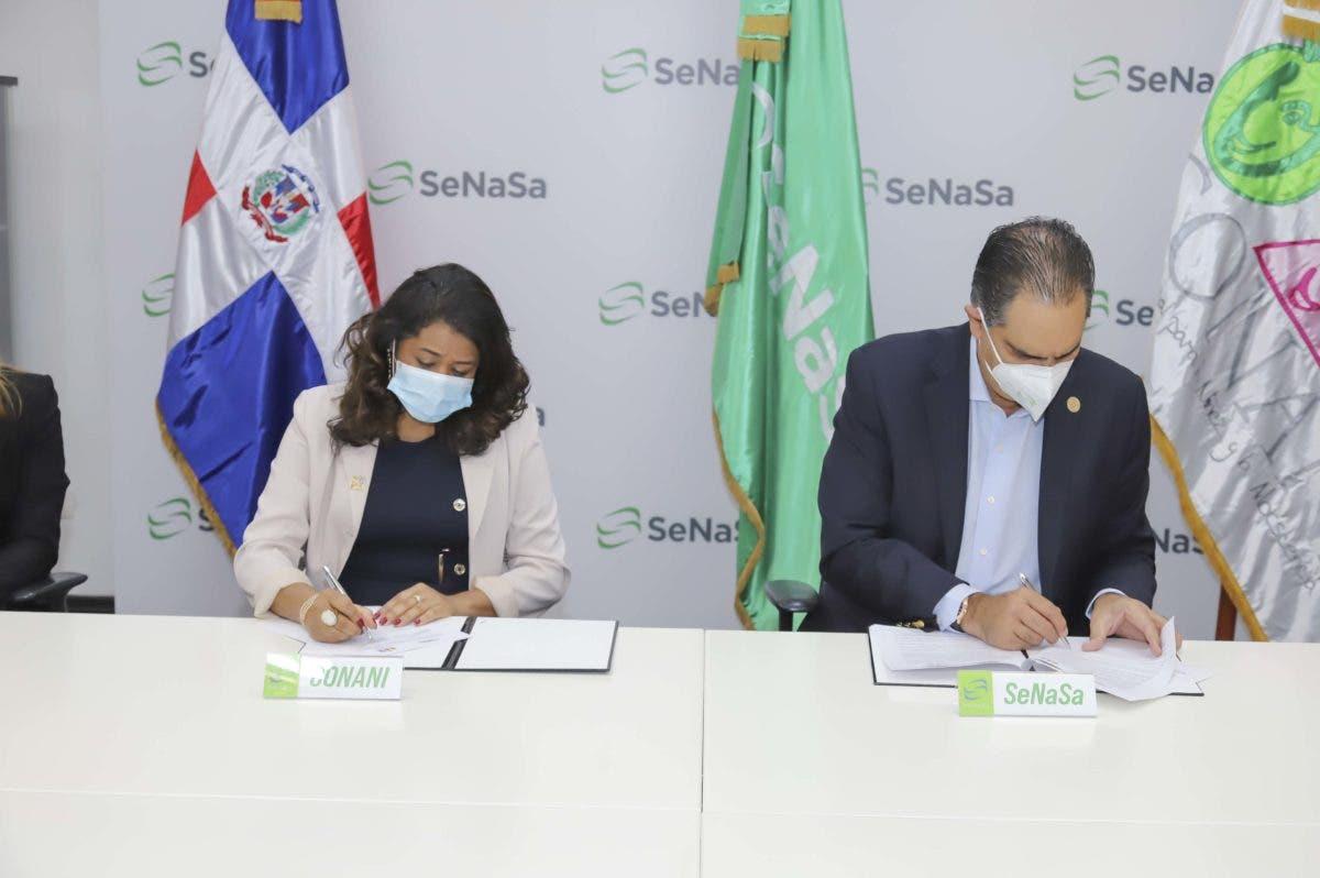 CONANI y SENASA firman convenio