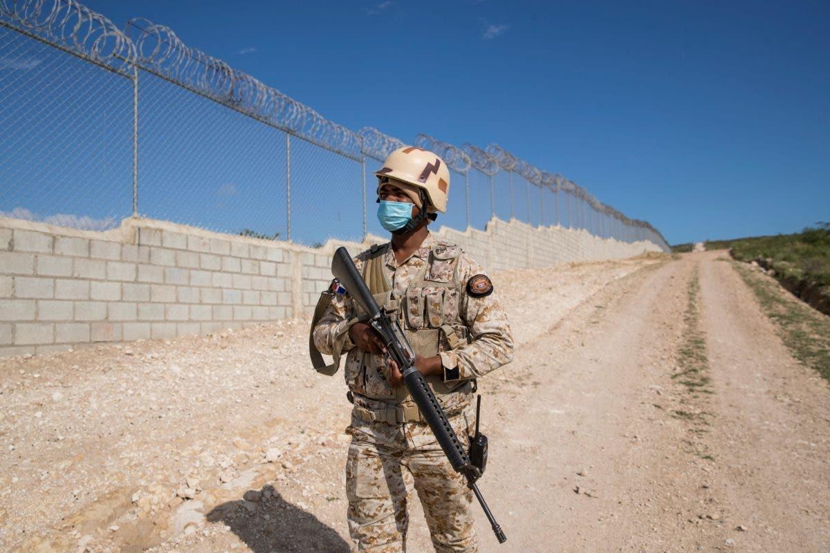 RD lleva construido 23 kilómetros de verja perimetral en la frontera con Haití