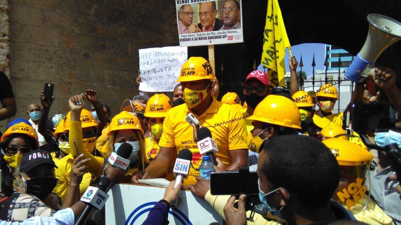 Manifestantes exigen 30% AFP en el Día del Trabajador