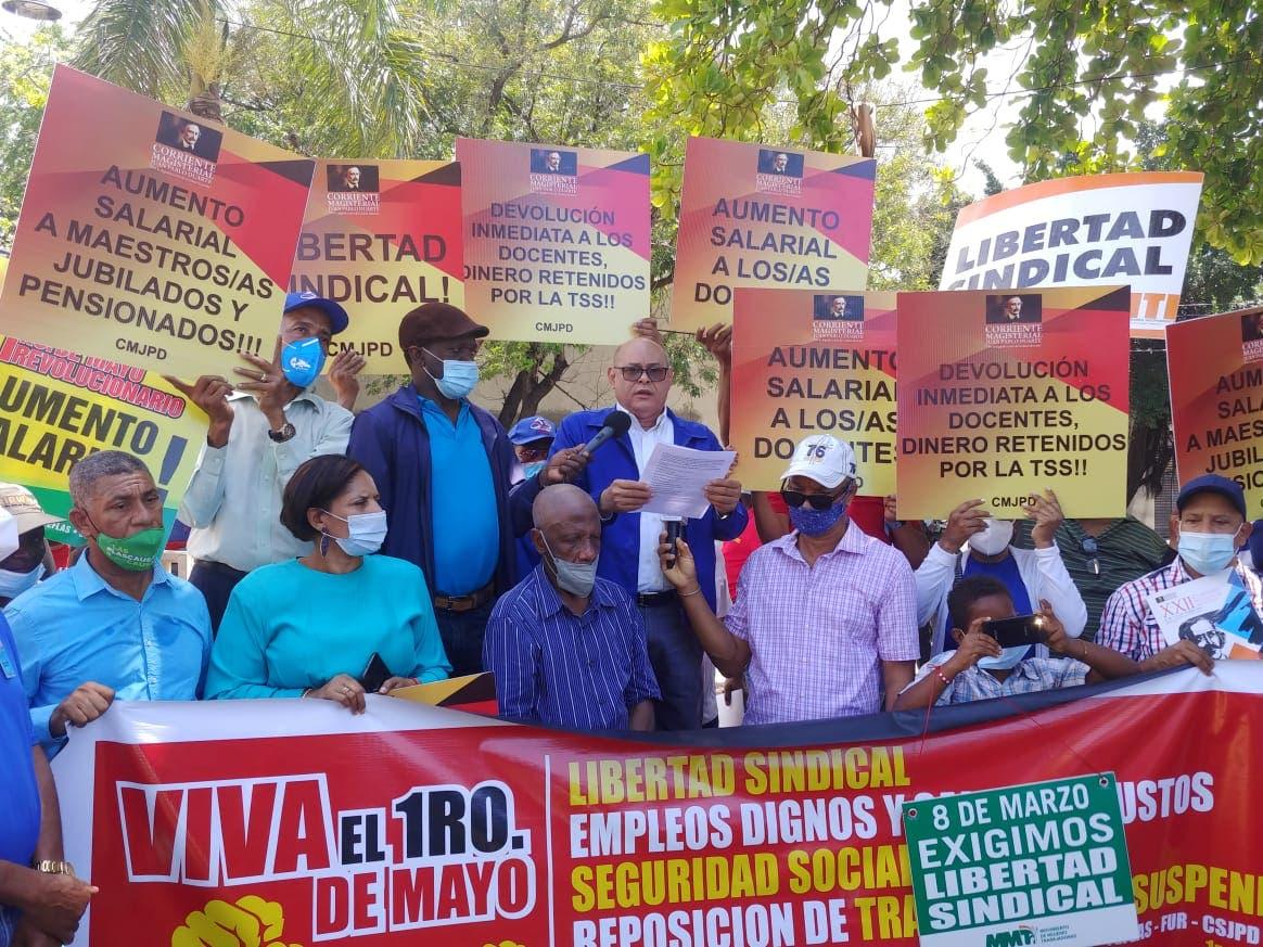 Organizaciones marchan en el Día del Trabajador; demandan mejores condiciones laborales