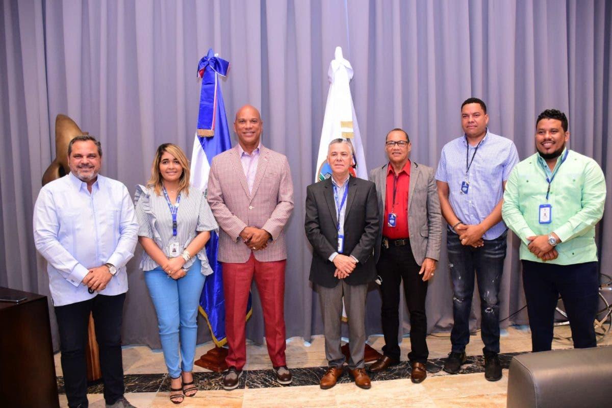 Moisés Alou y Junior Noboa respaldan construcción de estadio de grandes ligas en SDE