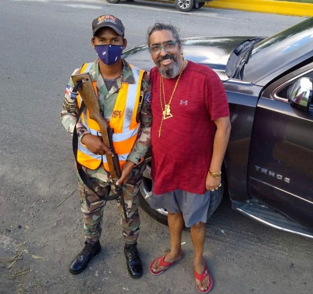 Diego el Cigala sufre accidente de tránsito en la Autovía del Este