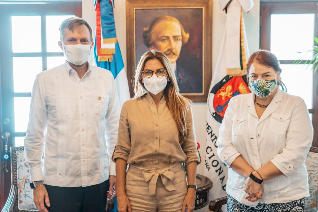 ADN y Embajada de Estados Unidos abordarán temas de seguridad y gobernanza local