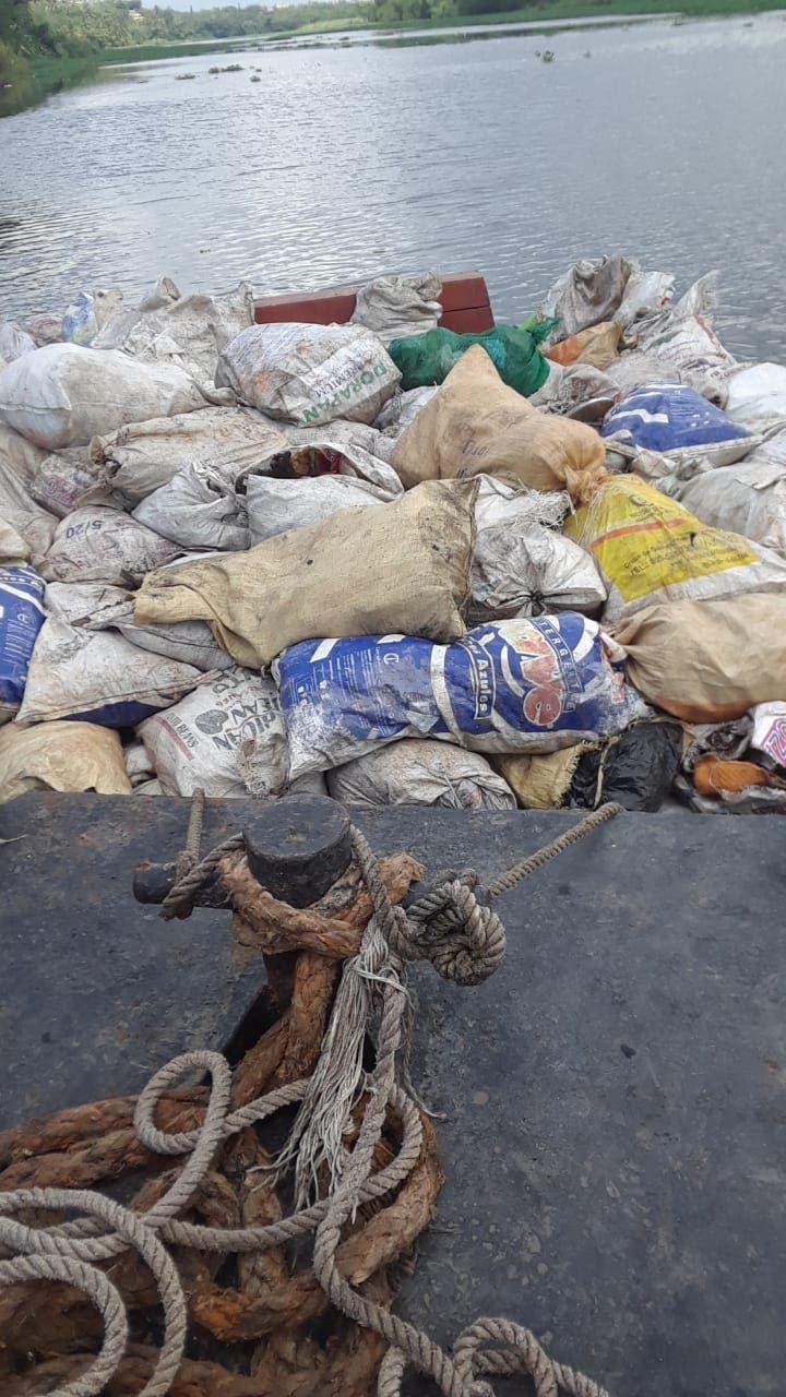 Continúan contaminando los ríos Ozama e Isabela