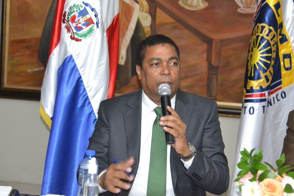 Liga Municipal Dominicana ejecuta planes para mejorar servicios y transparencia ayuntamientos
