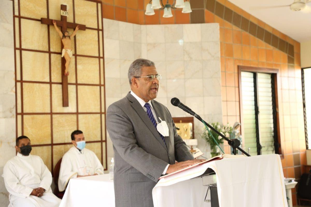 Ministro de Administración Pública pide a Dios que ilumine jueces para frenar corrupción e impunidad