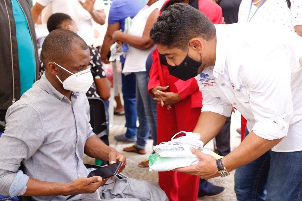 PROPEEP realiza jornada de inclusión social en El Almirante SDE