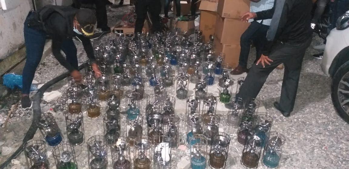 Fiscalía de SDE confiscó 119 hookahs en negocios del Ensanche Ozama