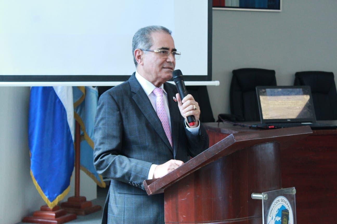 Pasaportes destaca apoyo recibido por la Embajada de los EE. UU.