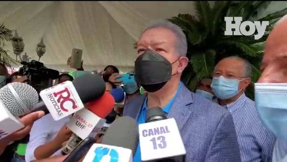 Leonel Fernández: Los casos de corrupción y «narcopolítica» deben ser investigados