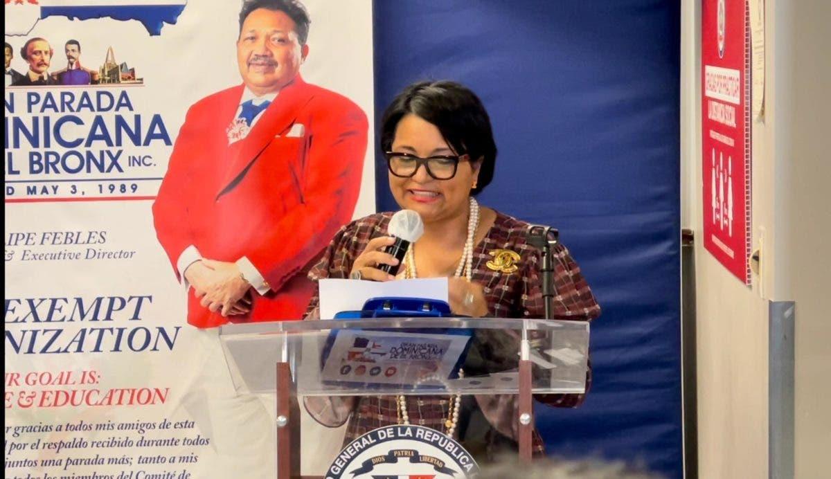 Comisionada Lourdes Batista elegida madrina de honor Gran Parada Dominicana de El Bronx