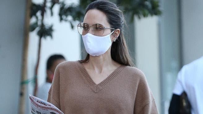 Angelina Jolie habla sobre su soltería tras su divorcio de Brad Pitt: «Llevo sola mucho tiempo»
