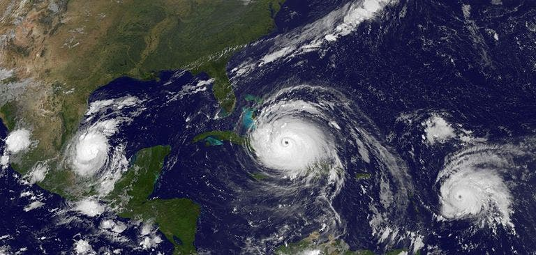 tormenta tropical.