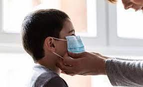 Ni cáncer ni menos oxígeno- no hay efectos nocivos de la mascarilla en niños