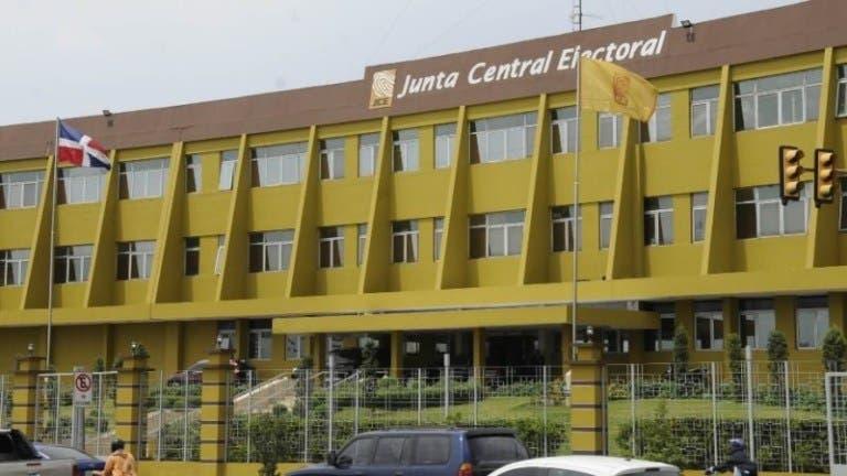 JCE amplía a 37 las oficialías que emiten el acta validada dentro del proyecto ETLA