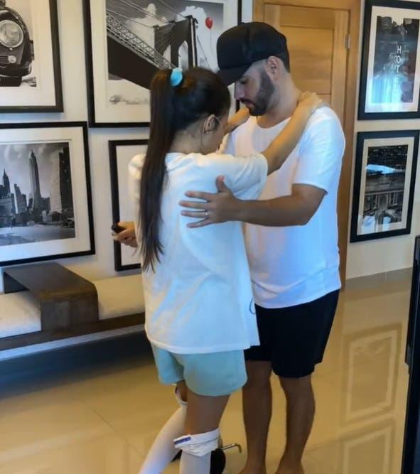 Esposa de Manny Cruz muestra su recuperación en redes sociales