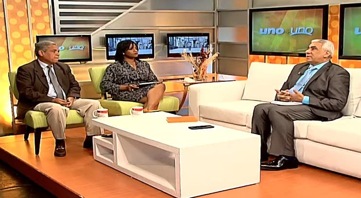 Entrevista a Faustino Collado en el programa Uno + Uno