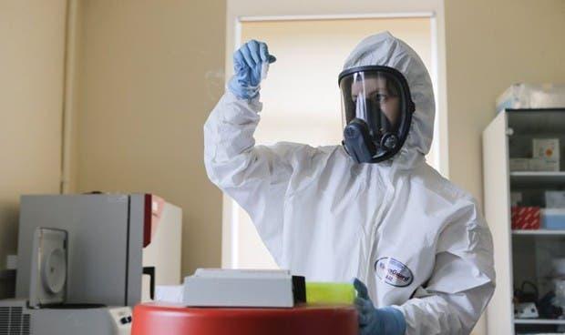 Agencia europea estudia nuevo tratamiento contra COVID-19