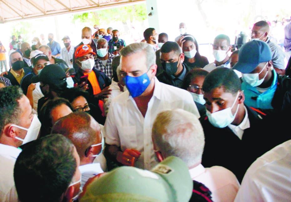 Presidente Abinader inicia obras  desarrollo turístico en Pedernales