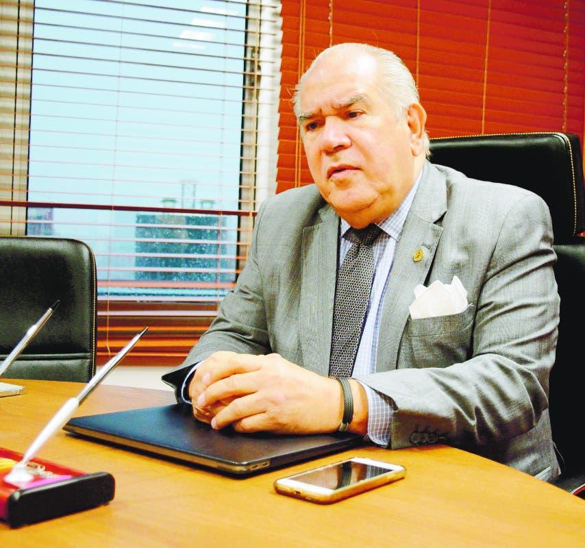 Feris propone  inicio  de contributivo subsidiado; primer nivel atención y mejorar calidad servicios