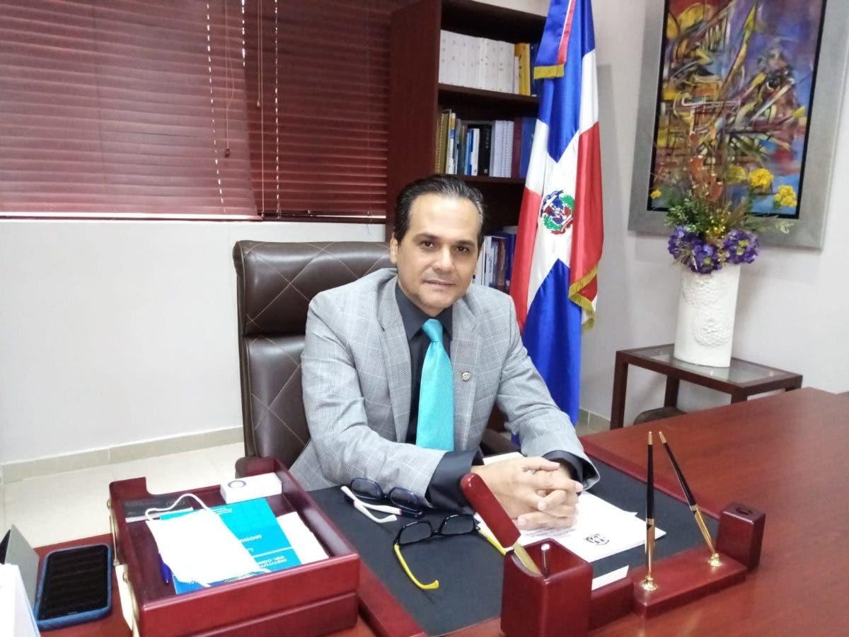 Senador Iván Silva valora dialogo ADARS-CMD
