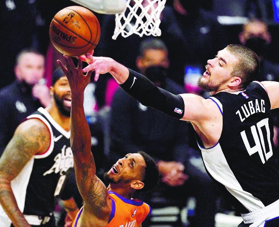 George y Jackson guían a los Clippers