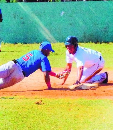 Inicia round robin béisbol doble A