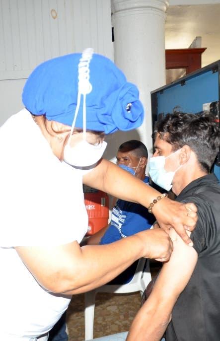 País avanza en vacunación; ha aplicado más 7 millones dosis