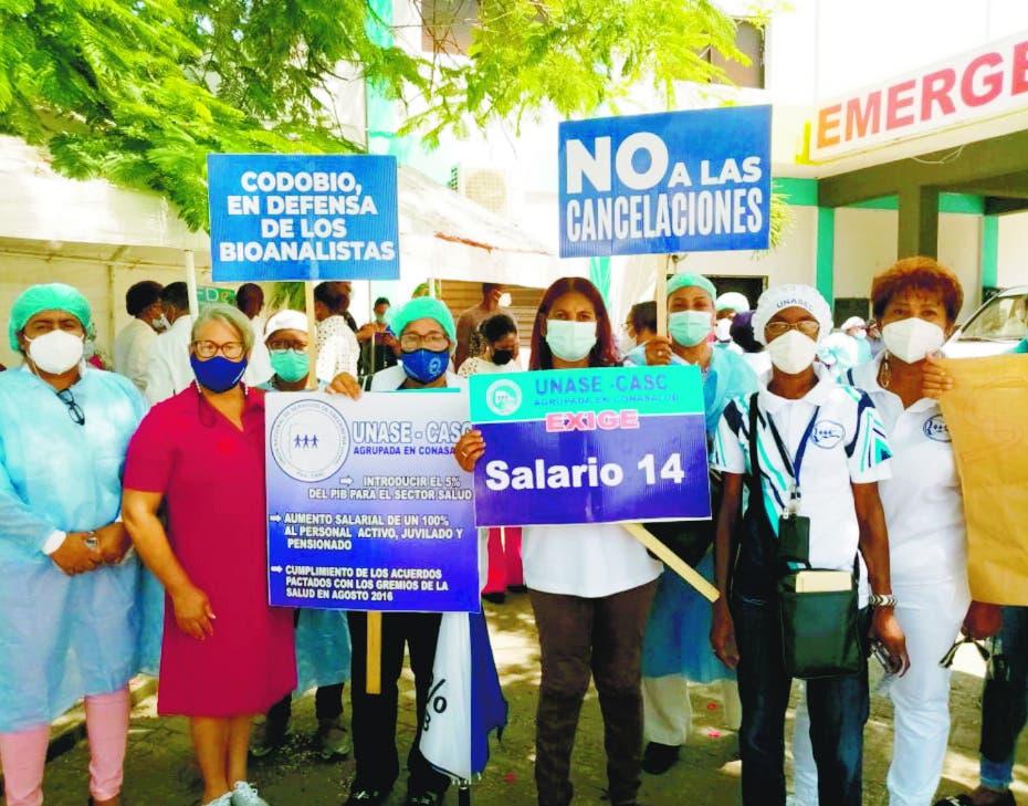 Clemente Terrero defiende tercera dosis vacuna contra virus
