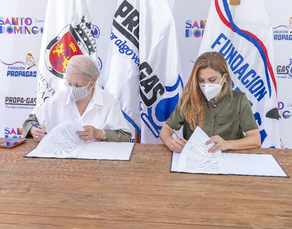 Propagás y ADN acuerdan remozar el Parque Mirador Sur