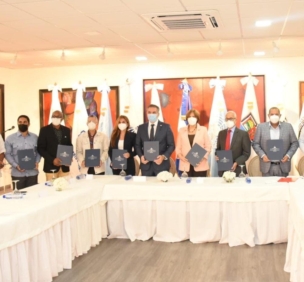Instituciones firman acuerdo para promover a Santo Domingo como ciudad creativa de la música