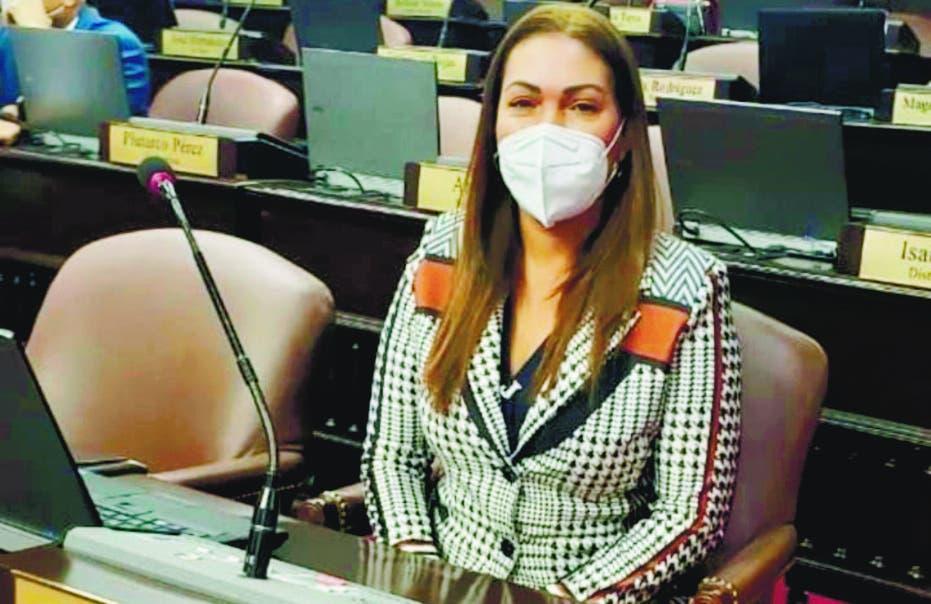 Reaccionan ante renuncia del PLD de la diputada Josefa Mejía Macea