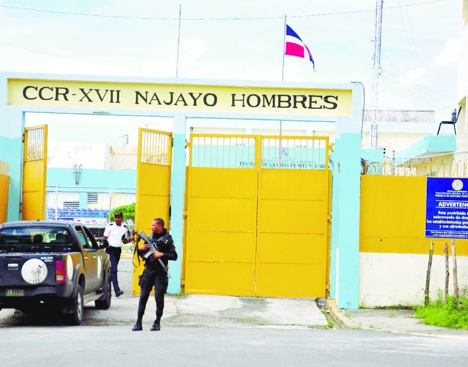 Agente penitenciario hiere recluso de bala en Najayo Hombres