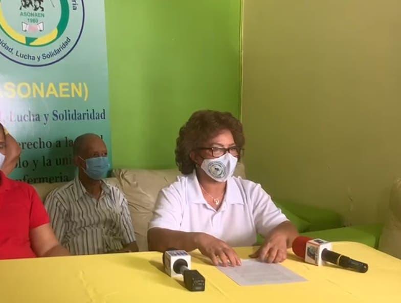 Enfermeras piden un aumento salarial al presidente Luis Abinader