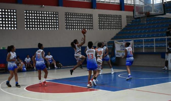 Polanco y Calderón guian team Enma Rivera a la final basket superior