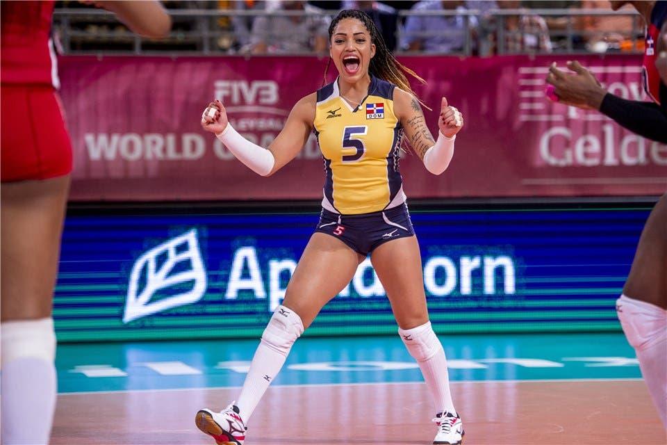 Brenda Castillo es líder de las libero en Liga de Naciones