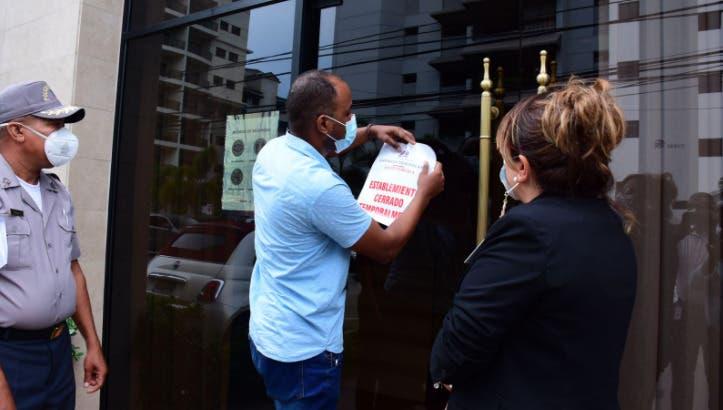 Salud Pública cierra restaurante «Peperoni» por violar protocolo