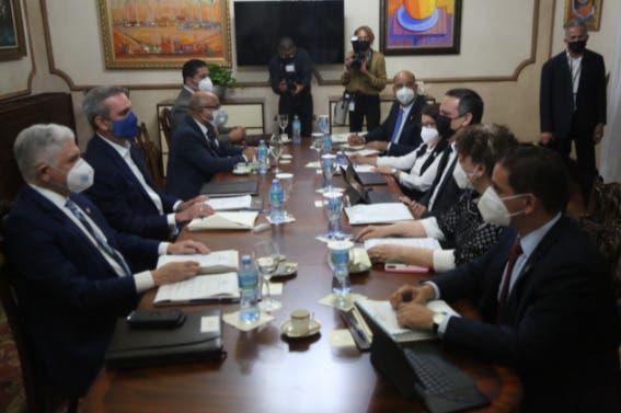 Consejo Nacional de la Magistratura se reunirá esta tarde en Palacio Nacional