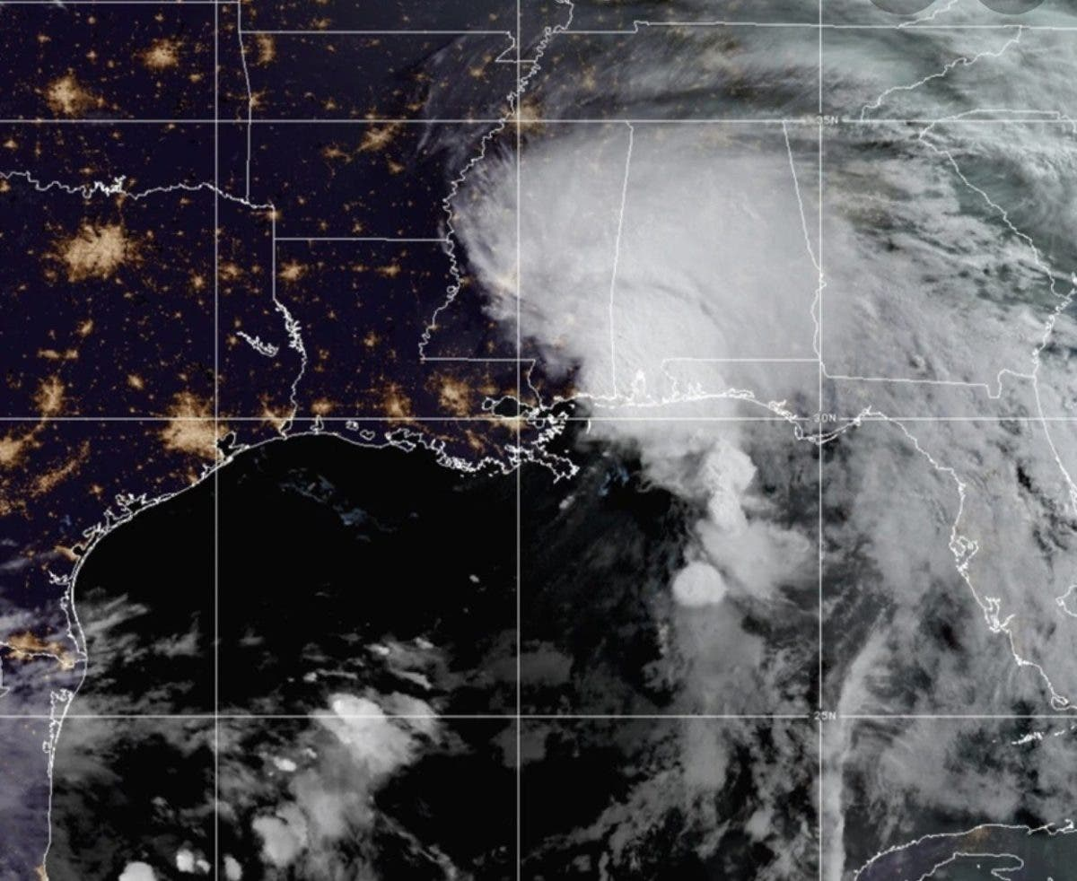 Tormenta tropical Claudette toca tierra en la costa norte del Golfo de México