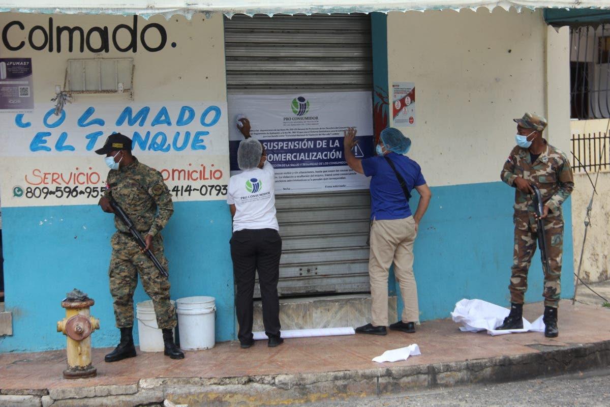 Pro Consumidor vuelve a cerrar colmados vendían bebidas adulteradas provocaron muertes de varias personas