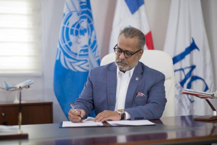 La Junta de Aviación Civil (JAC), a través de su presidente, José E. Marte Piantini