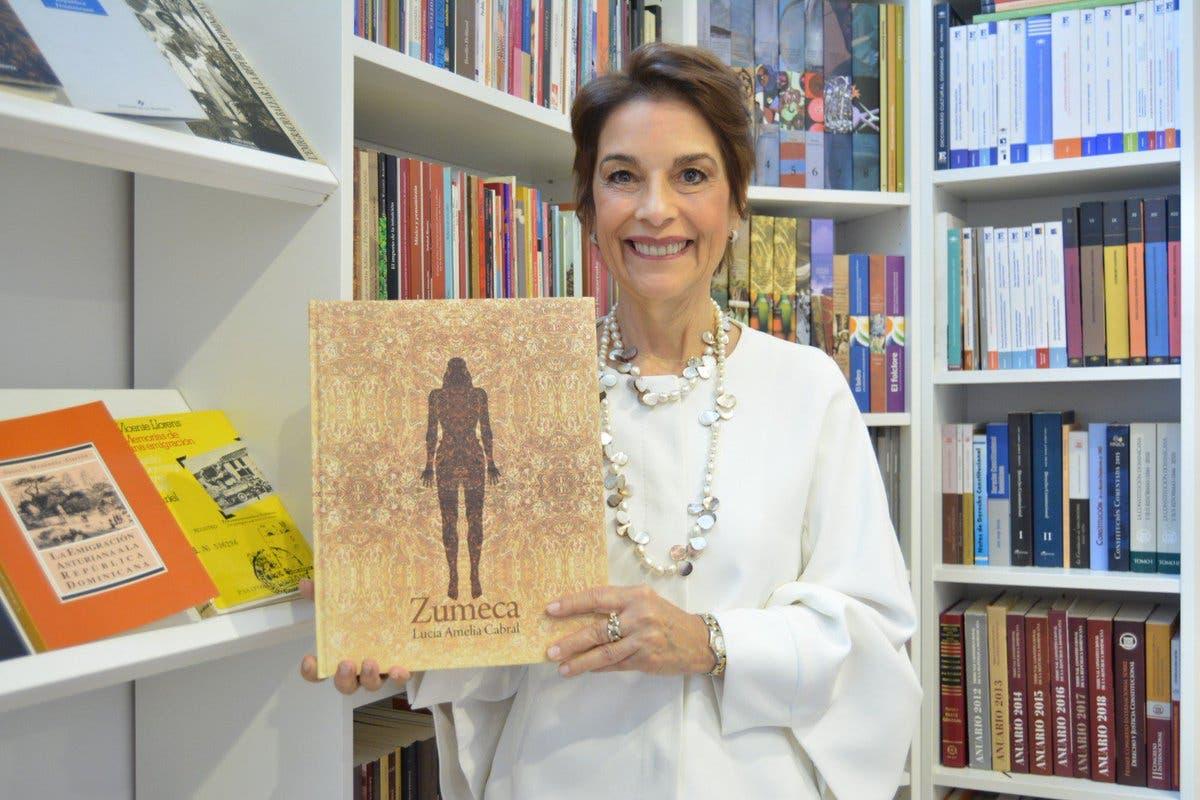 Otorgan a Lucía Amelia Cabral Premio Biblioteca Nacional de Literatura Infantil