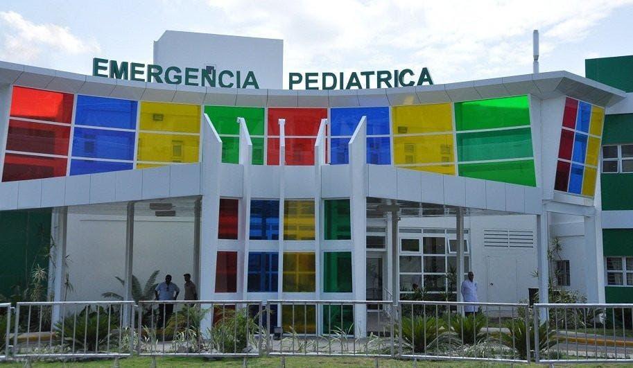 Rechazan supuesta privatización de hospital infantil de Santiago